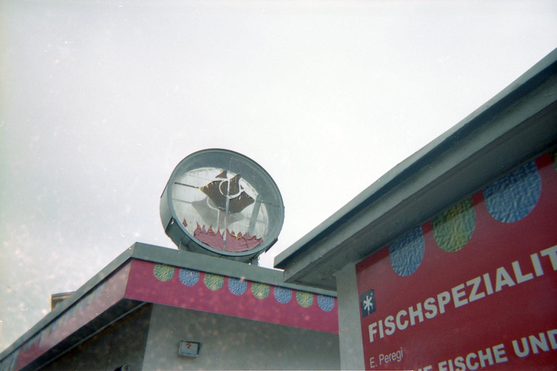 Hendlbraterimbiss am Schwendermarkt, analoge Einmalkamera